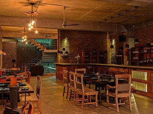 Restaurants Serving Best Burgers In Bangalore