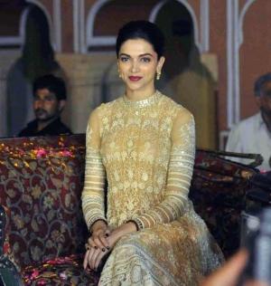 Deepika Padukone Launches Deewani Mastani At Jaipur