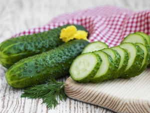 How Cucumber Benefits Your Skin