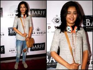 Akshara Haasan At Saurabh Shukla Play Barff Wearing Comfy Casuals Chec