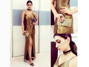 Kriti Sanon Fashion Dressed In Gold Monisha Jaising Outfit