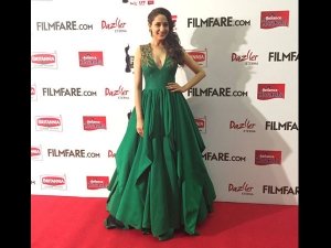 Filmfare South Awards 2016 Take A Look At Best Dresses Celebrities