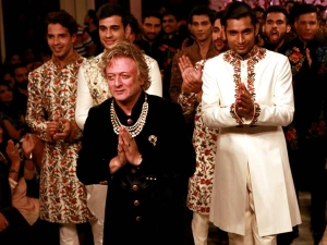 India Couture Week 2016 Rohit Bal Collection Take A Look