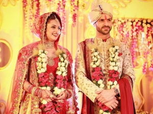 Divyanka Tripathi Wedding The Couple Look Stunning In Their Outfits