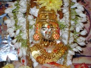 Sarees To Drape For Goddess Lakshmi On Kalasha