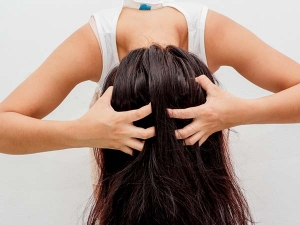 Best Home Remedies Greasy Hair