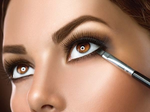 Easy Eye Makeup Casual Indian Wear