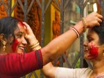 Significance Of Sindoor Khela