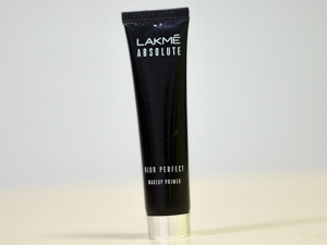 Product Of The Day Lakme Absolute Blur Perfect Primer Review