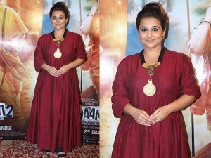 Vidya Balan Promoting Kahaan 2 Wearing Bungalow