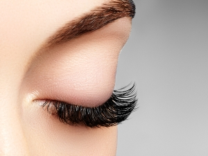 Ingredients From Around Your Kitchen That Can Make Your Lashes Grow Really Long