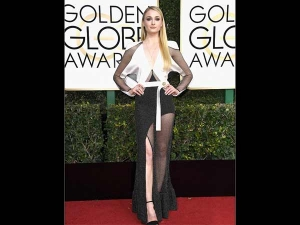 Game Of Thrones Sophie Turner Red Carpet Look Golden Globes