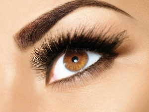 How To Get Perfectly Defined Brows