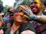How To Prepare Organic Holi Colours Beetroot Turmeric