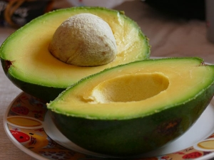 Must Have Healthy Fats Avocado Walnuts