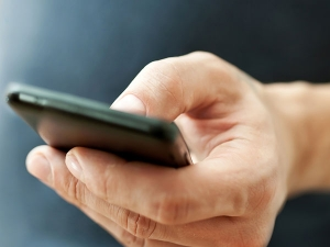Too Much Texting May May Lead To Smartphone Thumb
