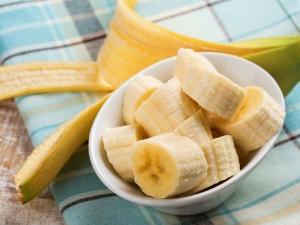 Six Banana Scrubs For A Beautiful Skin All Year Round