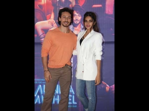 Dual Style Tiger Shroff Nidhhi Agerwal S Double Promotiona Styles