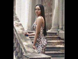 Sonakshi Sinha Turns Royally Gorgeous In Zara Umrigar
