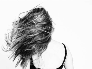 Everyday Bad Hair Habits That We Follow Unknowingly