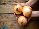 Rub A Raw Onion Back Of Your Hand Health Benefit
