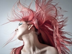 Pros Cons And Tips Of Hair Colour