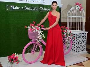 Kalki Koechlin Enchanted Us With Her Red Attire