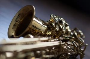 Patient Plays Saxophone While Surgeons Remove Brain Tumour