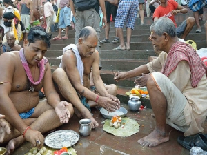 Rituals Performed During Pitru Paksha