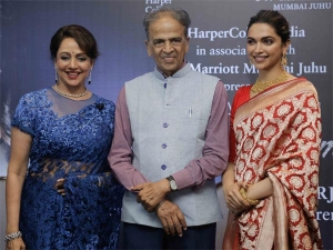 Deepika Padukone Met Dream Girl Hema Malini At Her Book Launch Both Looking Etheral