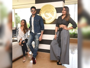 Sonakshi Being The Diva While Sidharth Being The Dapper Visited Gauri Khans Store