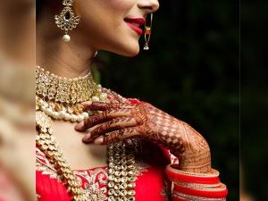 Twenty Five Excellent Mehendi Designs For Full Hands