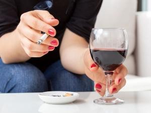 Smoking Drinking Cause Failure In Dental Fillings