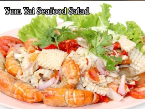Yum Yai Seafood Salad