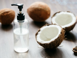 Rubbing Coconut Oil On Tummy Helps Reduce Stomach Fat