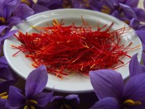 Homemade Saffron Packs Fairness