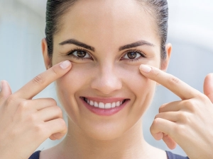 Everyday Habits That Cause Dark Circles Under Your Eyes