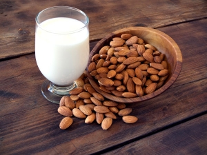 Nutrition Facts Of Homemade Almond Milk