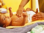 Types Of Oil For Baby Massage That You Can Use