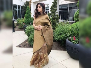 Bhumi Looks Her Fashionable Best In A Fusion Sari