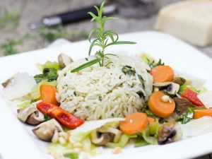 Does Eating Rice Affect Water Retention