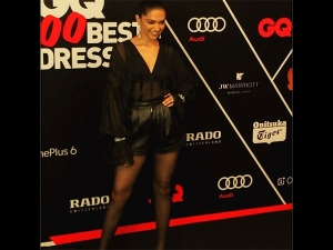 Deepika S Bold Black Attire Proves That She Doesn T Always P