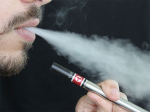 E Cigarette Flavours Are Not Safe For You They Produce Toxins