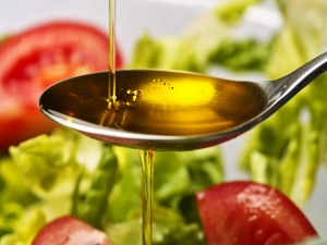 How Does Mustard Oil Help In Treating Dandruff