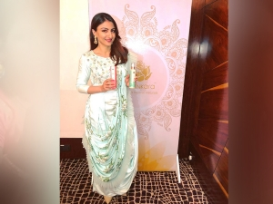 Soha Ali Khan Wore The Prettiest Fusion Wear We Have Ever Se