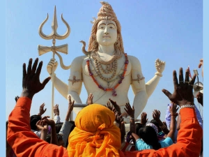 Avoid Doing These 7 Common Mistakes During Shravana Month