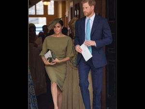Meghan Markle Continues Her Love Affair With Bateau Neckline Outfits