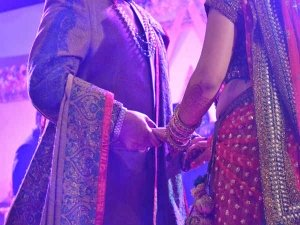 Awkward Things That Happen Every Indian Wedding