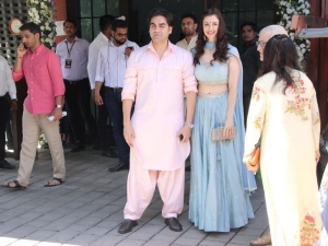 Arbaaz Khan Girlfriend Pastel Outfits At Ganesh Chaturthi