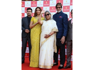 Amitabh Bachchan Family Ethnic Wears At Kalyan Jewellers Sto